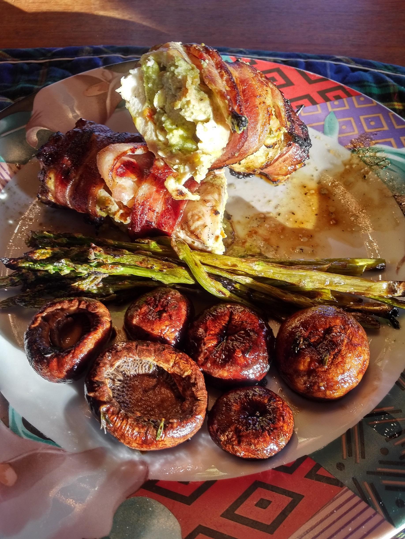 Main - stuffed guacamole bacon-wrapped chicken - 20180518_172702
